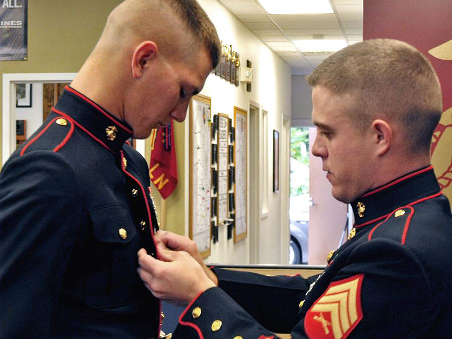 USMC Dress Blues, the fitting